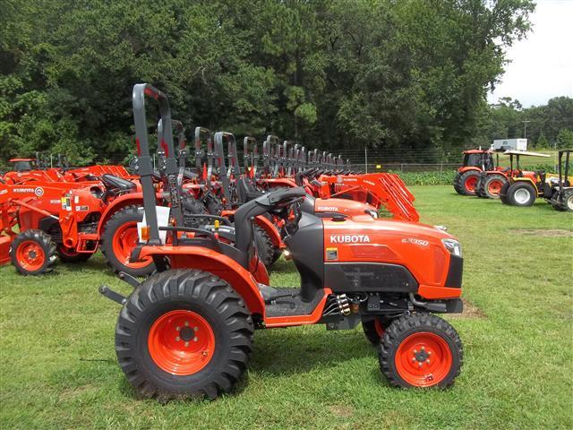 New Kubota B3350SU Tractor