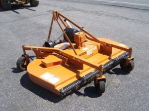 New Woods RD72 Rear Mount Finish Mower